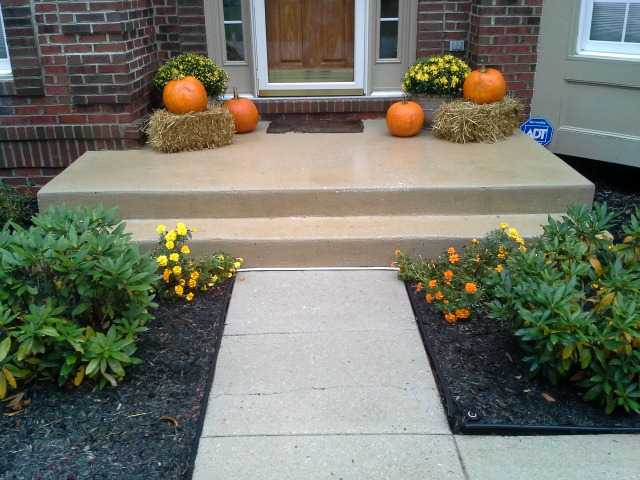 Power washing front of home curb appeal